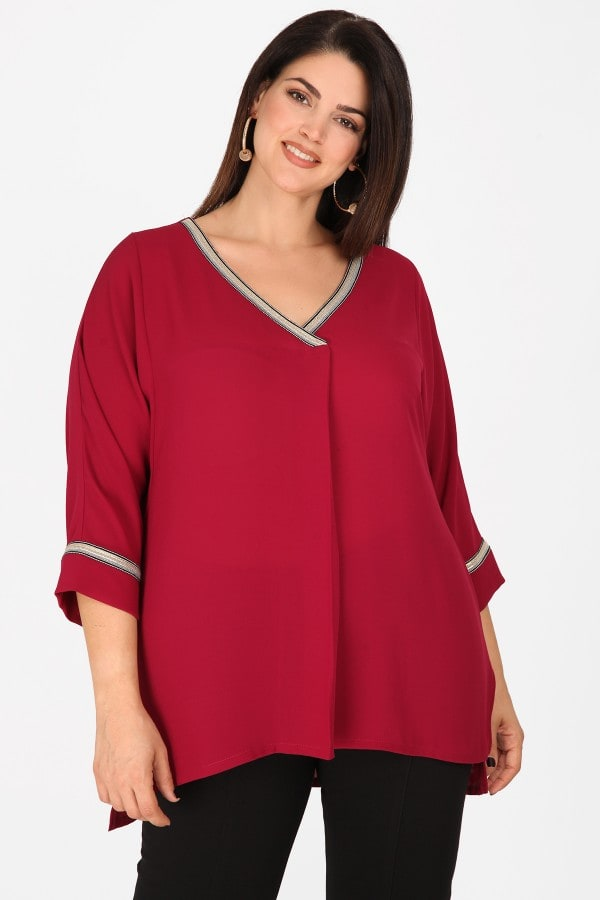 Evening blouse from georgette with stripe on the V