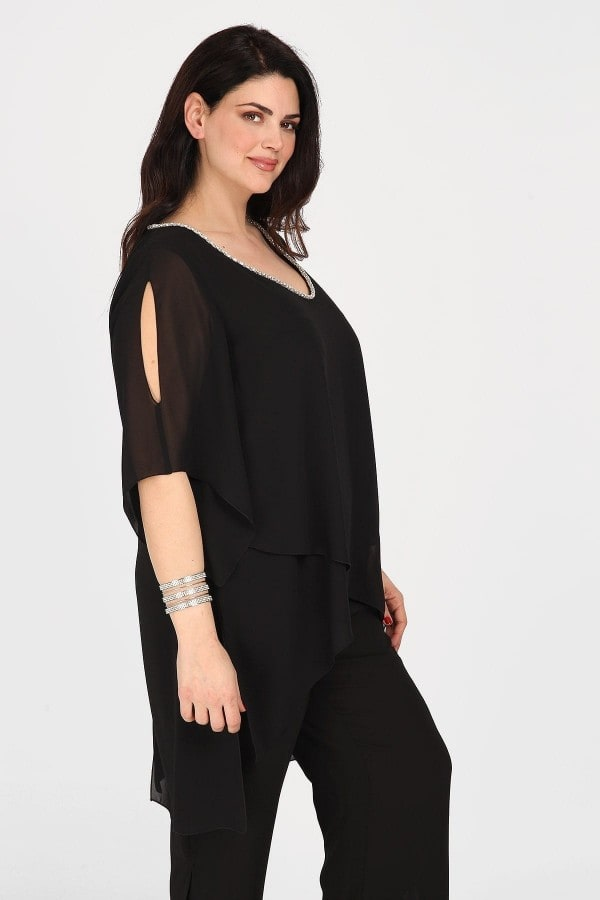 Evening blouse with silver V