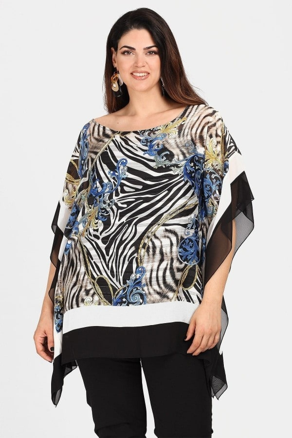 Tunic in combination of prints