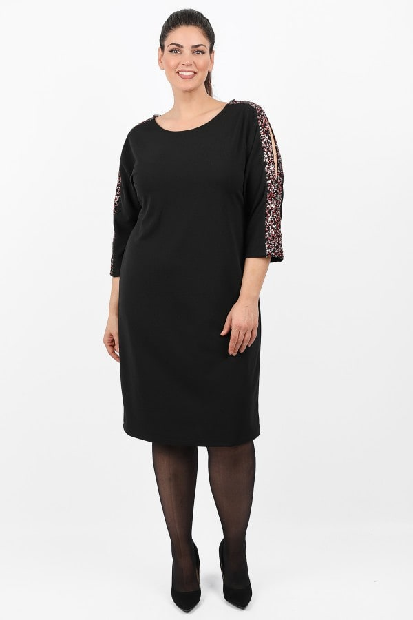 Midi dress with sequins on the sleeves