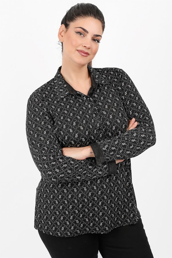 Shirtblouse dress with buttons