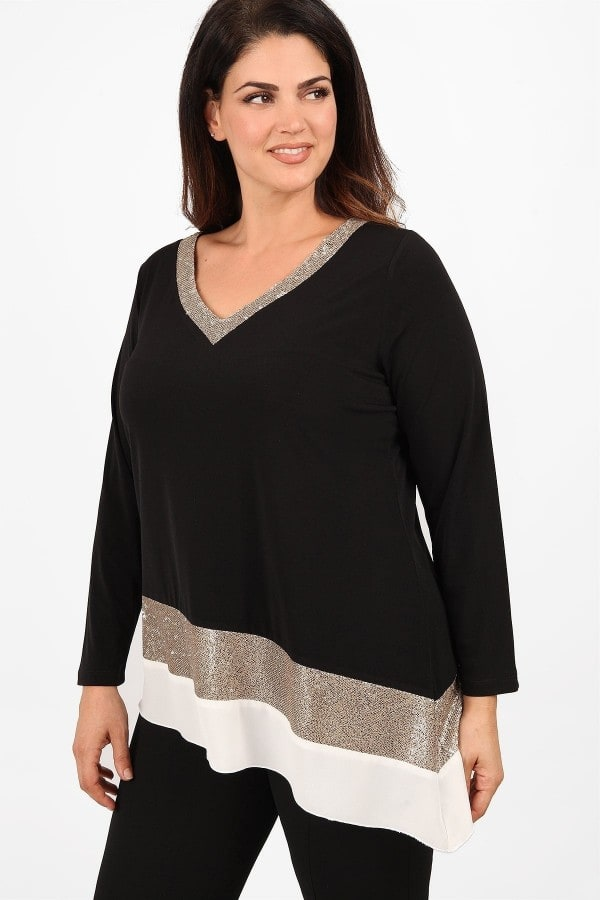 Blouse with sequins and georgette hem