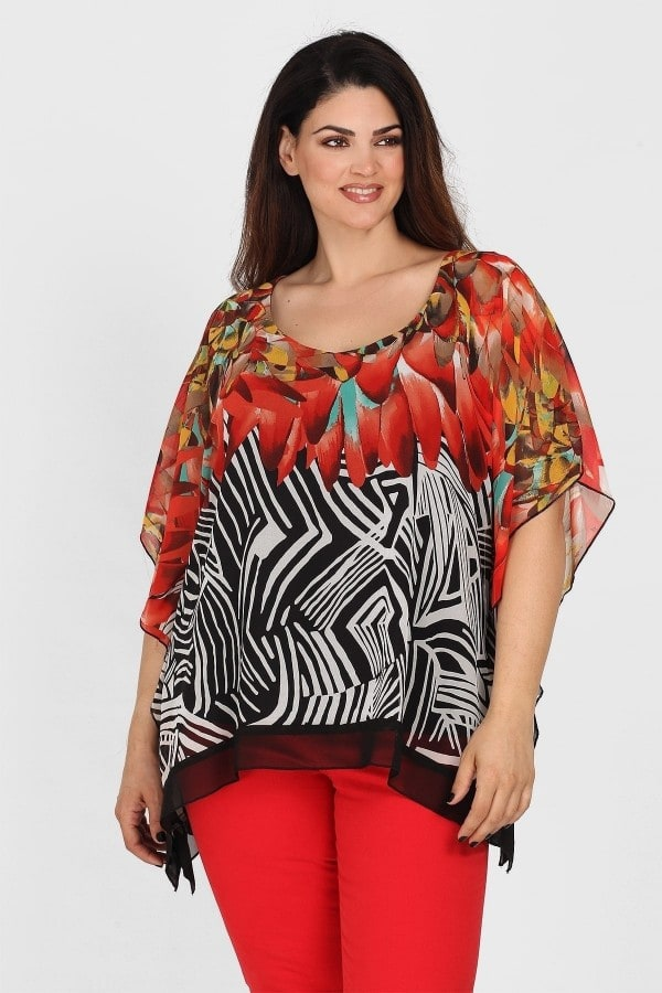 Blouse with printed flowers