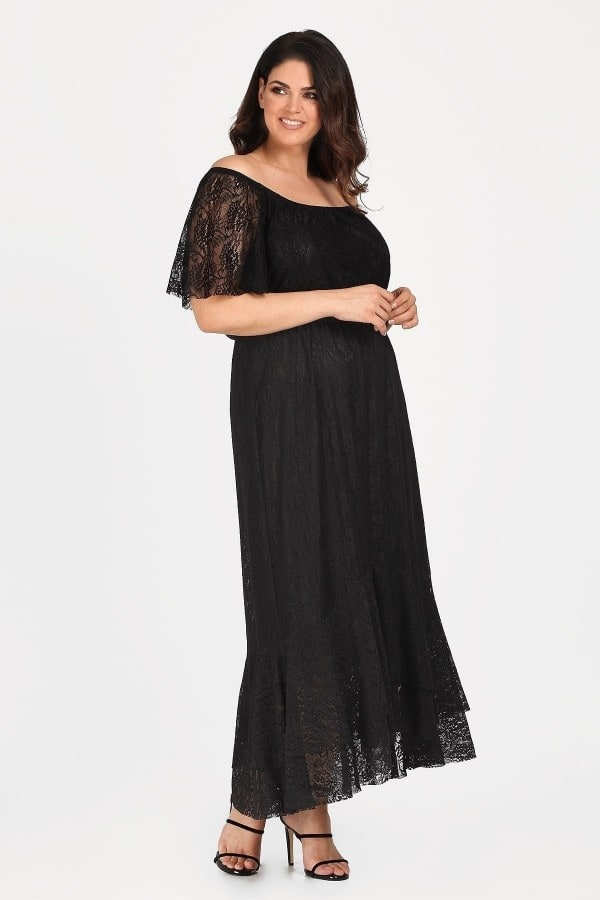 Maxi dress from lace