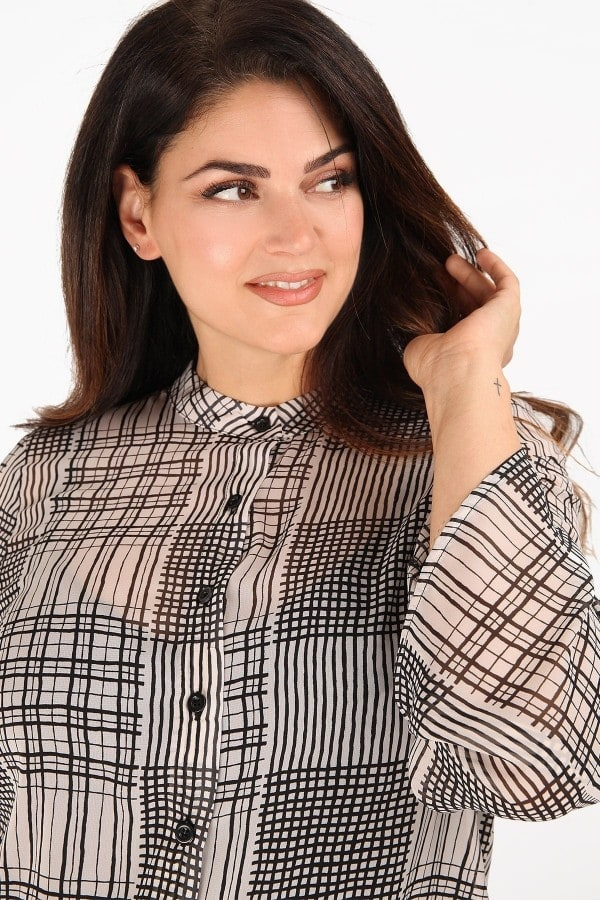 Checkered shirt from muselin with mao neck