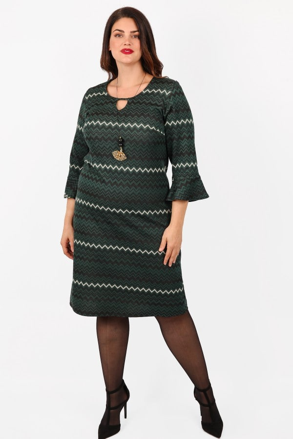 Printed midi dress with ruffled sleeves and pendant