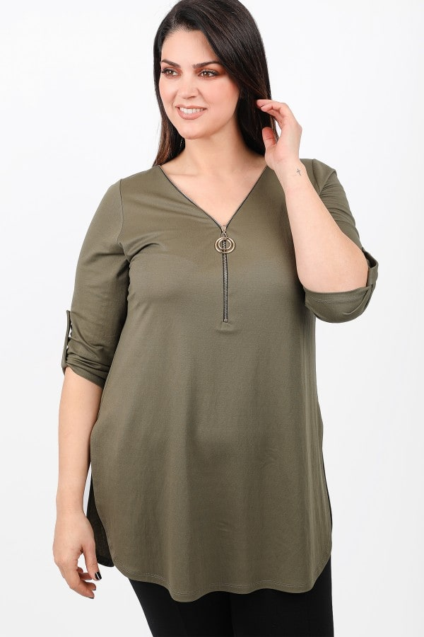 Tunic with zipper on the V
