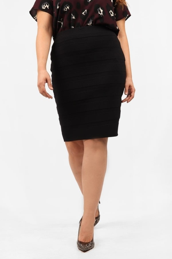 Knit rib pencil skirt